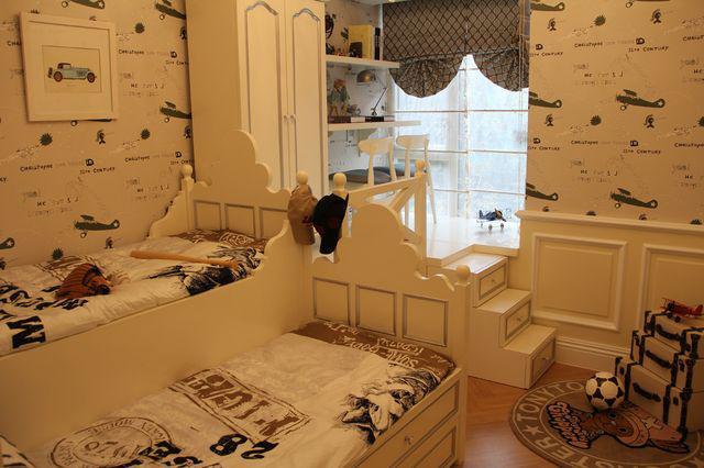 风格可爱的儿童榻榻米床装修效果图展示