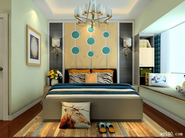 L型衣帽间卧室 背景墙营造时尚大气氛围_赌盘网
