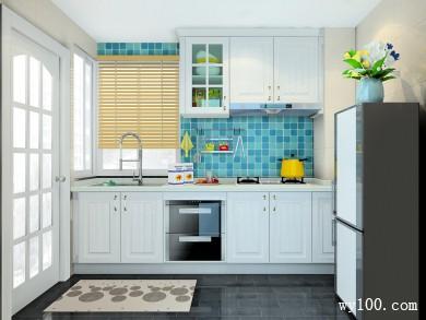 现代型厨房 充分体现了柜体的怀旧、优雅气息 title=