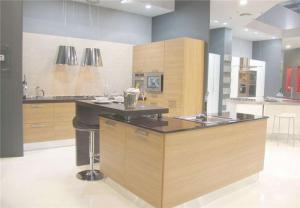 大空间简易厨柜