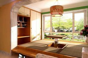 日式活动阳台榻榻米装修