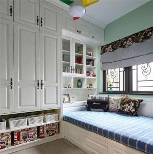 清新卧室地台床装修效果图