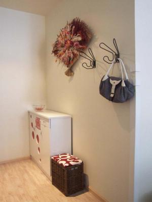 小户型家庭装修玄关效果图