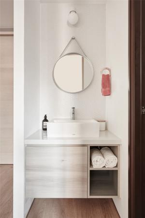 小户型旧房改造卫生间一角