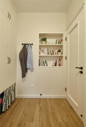 简约卧室带衣帽间效果图