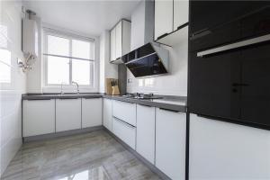 整体厨房橱柜实景图