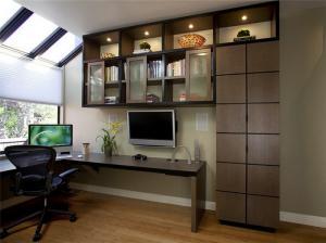公寓卧室转角书桌加衣柜
