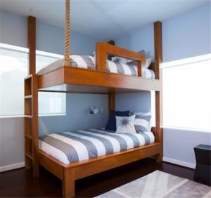 地中海风格卧室高低床装修