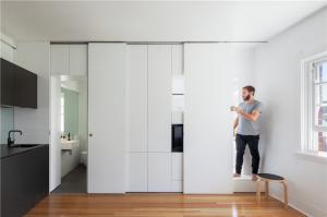 小户型家装样板隐形门设计