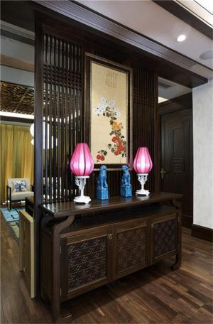 中式风格家庭装修玄关效果