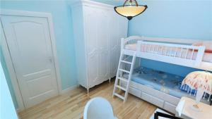 小户型儿童房双层床效果图
