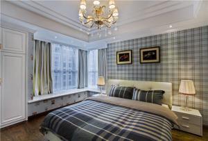 现代卧室飘窗装修效果图