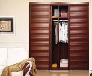 公寓滑门衣柜