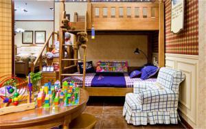 家居上下床儿童房装修