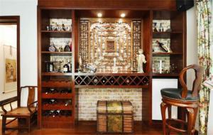新中式客厅酒柜装修