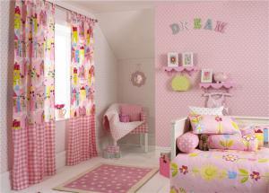 粉色卡通儿童房窗帘效果图