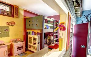 创意个性两个孩子儿童房设计与装修