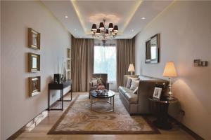 小客厅沙发装饰
