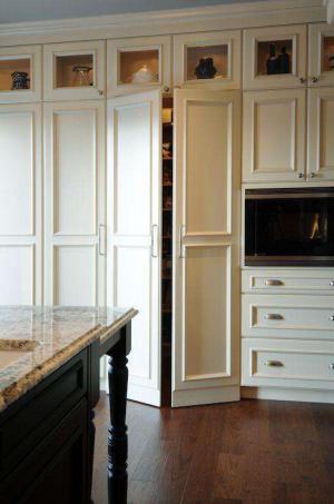 欧式开放式厨房隐形门
