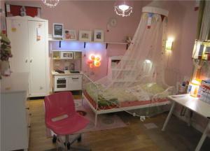 两个孩子儿童房设计实拍图