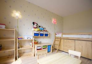 板材家具榻榻米儿童房