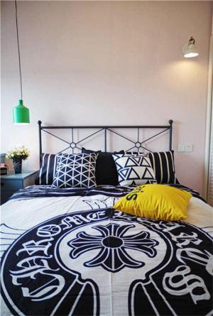 卧室床款式特色床单