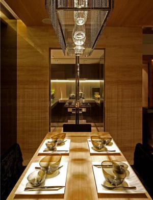 豪华餐厅餐桌