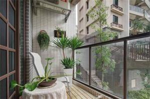 阳台防腐木效果图地板装修