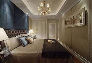 公寓象牙白衣柜