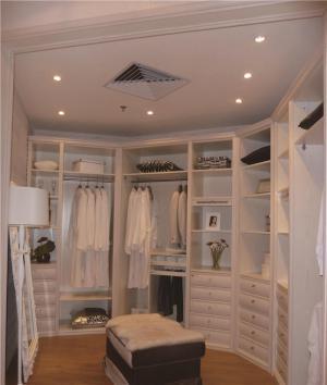 美式卧室衣帽间一体化图片
