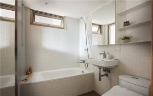 小户型家装样板间卫浴