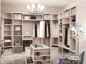 创意卧室带衣帽间效果图