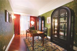 美式书房装修效果图地毯选购