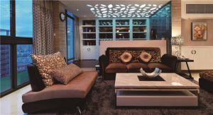 现代客厅茶几实拍图