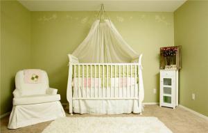 婴儿房10平米儿童房设计