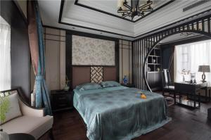 中式风格的主卧室的床与书