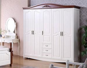 ��木象牙白衣柜