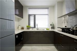 U型整体厨房实景图