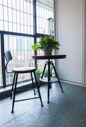 小阳台装修效果图简易家具