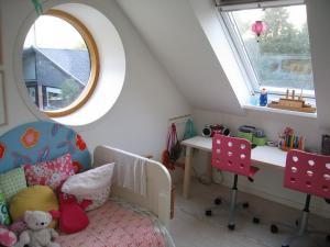 阁楼儿童书房装修效果图