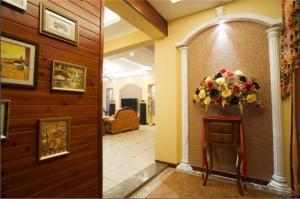 欧式玄关装饰柜