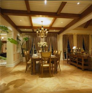 温馨饭厅餐桌