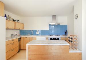 厨房小橱柜板材定制