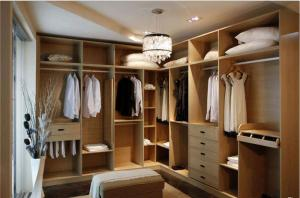 简易开放式整体衣柜