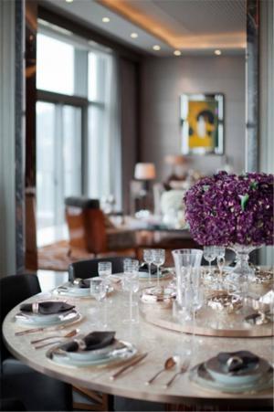 欧式奢华餐厅餐桌