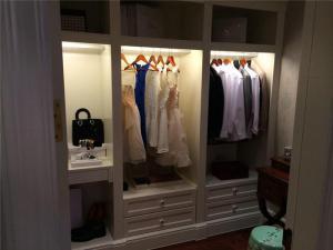 温馨家庭装修衣帽间