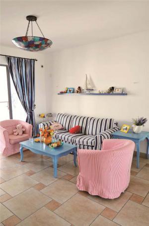 时尚小户型客厅家具