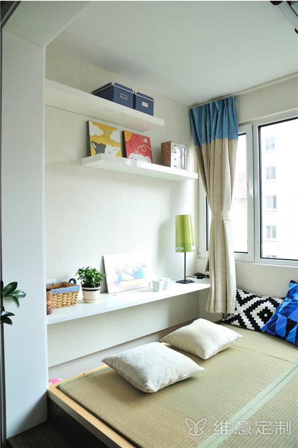 小阳台改卧室效果图榻榻米床