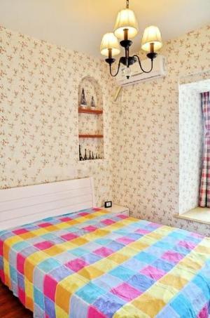 儿童房榻榻米设计家具床