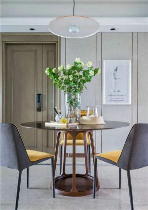 小户型大空间餐桌选购